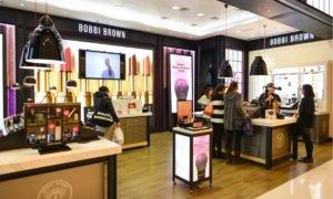 Luxury Investors Take Fright Amid Talk of China Border Crackdown