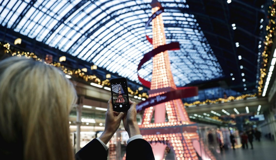Beauty Brands Are Using Experiential Marketing To Fight Fear Of The New