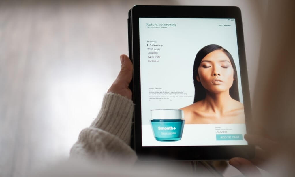 Luxury Beauty Brands Are Turning To Digital Services To Survive Frances New Lockdown